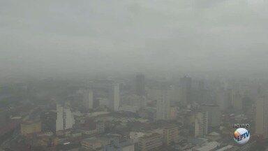 Sábado deve ser de tempo fechado e chuva contínua em Campinas - Temperatura mínima para a cidade deve ser de 16ºC.
