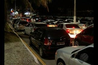 Motoristas da Uber protestam contra a hostilização dos taxistas, em Belém - Eles denunciam agressões por parte de motoristas de táxis.