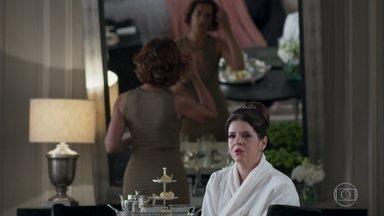 Maria Pia sofre por Eric - Lígia diz que Maria Pia agiu errado ao não se aproximar de Bebeth