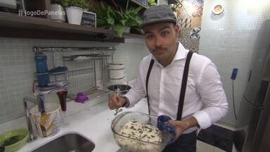 Jorge tem problemas para finalizar o prato principal - Ele justifica a Ana que demorou de propósito para fazer com que os participantes ficassem com mais fome