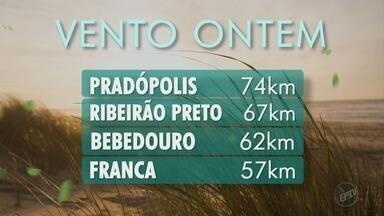 Mudança no tempo deixa clima mais agradável na região de Ribeirão Preto - Temperatura deve variar entre 16ºC e 29°C nesta terça-feira (22).