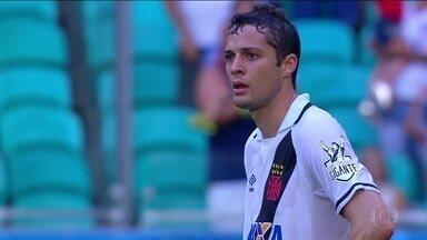 Fora de casa, Vasco é derrotado pelo Bahia - Clube completa 119 anos de existência nesta segunda-feira.
