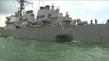 Acidente com navio de guerra deixa 10 marinheiros americanos desaparecidos e cinco feridos - Navio de guerra bateu com um navio cargueiro perto de Cingapura.