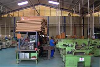 Ciesp divulga dados com leve melhora no setor da indústria da região. - Mesmo assim, número de desempregados não para de crescer na região.