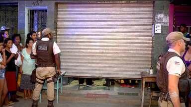 Adolescente de 13 anos é morta dentro de mercearia em Itabuna - A polícia suspeita que o caso tenha sido uma execução.