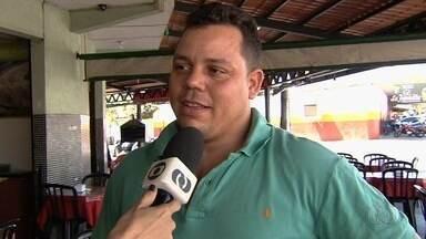 Torcida opina sobre a renúncia do presidente do Goiás Esporte Clube - Além da renúncia de Sergio Rassi, o clube anunciou também a demissão do técnico Argel Fucks.