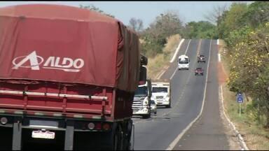 PRF flagra 4.350 veículos dirigindo acima da velocidade nas rodovias federais do Tocantins - PRF flagra 4.350 veículos dirigindo acima da velocidade nas rodovias federais do Tocantins
