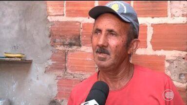 Comunidade reclama das constantes faltas de água em Teresina - Comunidade reclama das constantes faltas de água em Teresina