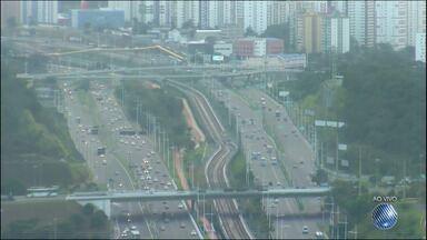 Veja imagens do trânsito nas avenidas Paralela e Luís Eduardo - Confira no Radar do JM.