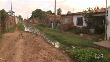 Falta de infraestrutura revolta moradores de São José de Ribamar - Buracos em vias e a falta de infraestrutura nos bairros prejudica a mobilidade em três comunidades do município.