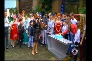 Parabéns especial à RBS TV Santa Rosa - Convidados comemoram os 25 anos de história.