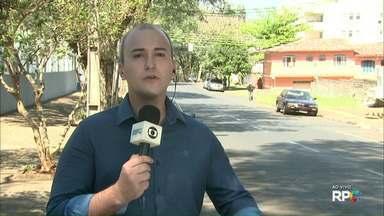 Taxista esfaqueado por adolescente segue internado em Foz do Iguaçu - Crime foi no fim da tarde de segunda-feira (28). Segundo o hospital, estado de saúde é considerado estável.