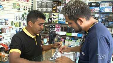 Empresários recebem orientações do Sebrae para desenvolver seus negócios no MA - Micro e pequenos empresários de São Luís estão recebendo orientações de técnicos do Sebrae para desenvolver seus negócios.