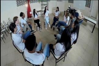 Série os desafios da adolescência: pais e adolescentes falam sobre as drogas - Conheça as histórias de jovens que já entraram no vício.