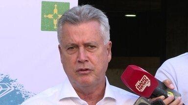 Governador critica movimento de rodoviários que deixou capital sem ônibus na segunda (28) - A sexta paralisação do ano foi relâmpago, total e sem aviso prévio.