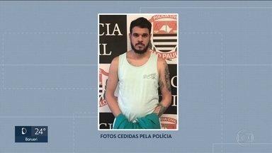 Policiais prendem suspeito de participar do assassinato de funador da Mancha Verde - Rafael Martins da Silva, conhecido como Zequinha, tem 29 anos. Ele foi preso de manhã em Itanhaém. O suspeito estava em casa e não resistiu à prisão