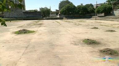 Moradores se queixam que prefeitura não terminou obra de um parque em Campinho - A equipe do RJ Móvel foi ao local. Segundo moradores, a prefeitura não entregou a obra do parque em Campinho.