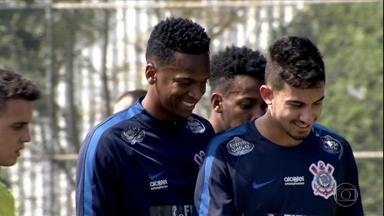 "Corinthians treina para perder a fama de ""Robin Hood"" no Brasileirão - Corinthians treina para perder a fama de ""Robin Hood"" no Brasileirão"