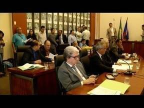 Câmara de Ipatinga aprova dois projetos nesta quarta-feira (30) - Projetos dispõe sobre a obrigatoriedade de bares a fornecerem comandas impressas e regulamentação das barracas do Parque Ipanema.