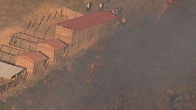 Incêndio atinge o Parque Estadual do Itacolomi, em Ouro Preto (MG) - Incêndio atinge o Parque Estadual do Itacolomi, em Ouro Preto (MG)