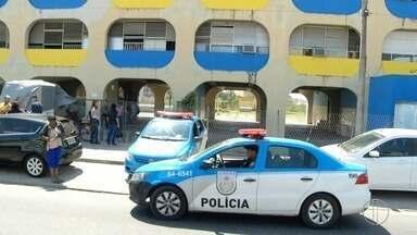 Tiros assustam estudantes de escola estadual em Campos, RJ, e aulas são suspensas - Assista a seguir.