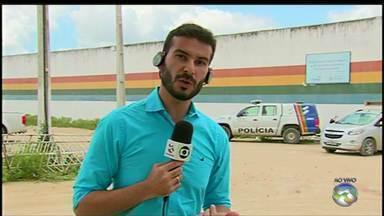 Internos fogem da Funase de Caruaru e agridem agentes durante rebelião - De acordo com a Polícia Militar, socioeducandos queimaram colchões na unidade.