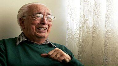 Morre Gabriel Machado, um dos fundadores da Orquestra Sinfônica de Ponta Grossa - Ele também foi um dos fundadores da faculdade de Filosofia, Ciências e Letras de Ponta Grossa. Gabriel de Paula Machado, de 93 anos, morreu de causas naturais.