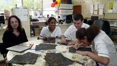 Toque de Mestre - Desenho para cegos - Como uma professora de um dos mais tradicionais colégios públicos do Rio de Janeiro ensina desenho geométrico para seus alunos com deficiência visual.