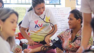 Mais de 150 mil pessoas já foram atendidas pelo Viva a Vida nos bairros de Santarém - Além de atendimentos de saúde e cidadania, o projeto leva palestras para comunidades.