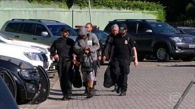 Polícia Federal faz megaoperação contra o tráfico de drogas em SP, RS, SC, PR e no DF - A Polícia Federal prendeu 81 suspeitos de envolvimento com o tráfico internacional de drogas. Entre eles, um brasileiro é apontado pela polícia como o chefe do bando.