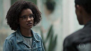 Ellen aconselha Anderson sobre o relacionamento com Tina - A hacker pede que o irmão pense bem sobre o namoro e diz que acredita no amor entre eles