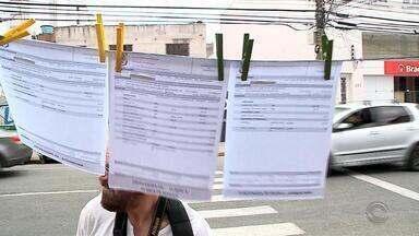 Servidores registram boletim de ocorrência contra o governador Sartori - A acusação é de crime de responsabilidade administrativa.