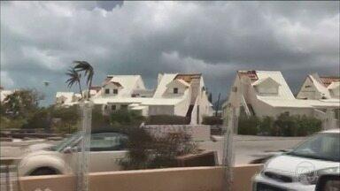 Aproximação do Furacão Irma cancela voos entre Viracopos e Estados Unidos - Foram canceladas as operações da Azul entre Campinas (SP) e a Flórida programadas para esta sexta-feira (8), sábado (9) e domingo (10).