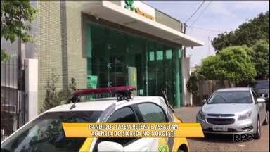 Bandidos assaltam e fazem reféns em agência bancária do noroeste - O assalto foi pouco antes da agencia abrir em Guairaçá