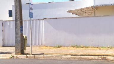 Telespectador reclama da falta de ponto de ônibus na UPA Norte em Palmas - Telespectador reclama da falta de ponto de ônibus na UPA Norte em Palmas