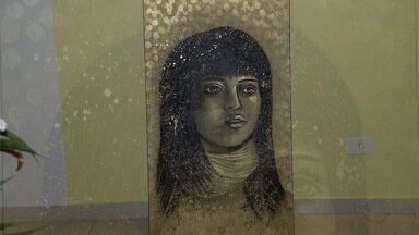 Artista plástica de MS vai expor trabalhos em Paris - A jovem de Campo Grande foi convidada para participar de exposição no Museu do Louvre, em Paris.