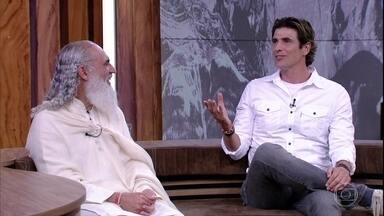 Reynaldo Gianecchini conta como Sri Prem Baba se tornou seu mestre espiritual - Bial e os convidados falam sobre fanatismo religioso e sobre fé