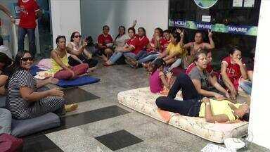 Professores em greve continuam no prédio da Câmara dos Vereadores de Palmas - Professores em greve continuam no prédio da Câmara dos Vereadores de Palmas