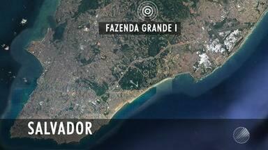 Mulher é morta a tiros no bairro da Fazenda Grande I, em Salvador - Dois homens passaram em uma moto e atiraram na vítima.