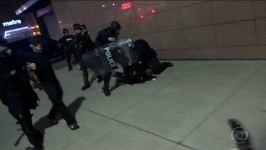 Cidade americana de Saint Louis tem quarto dia de protestos nas ruas - Absolvição de policial branco acusado de matar negro gera manifestações. Há três anos, na mesma região, protestos violentos duraram 2 semanas.