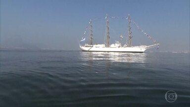 Já está no Rio a fragata da Marinha Argentina, Libertad - A fragata está aberta a visitação até sexta-feira. Ela faz parte dos eventos da semana argentina no Rio.