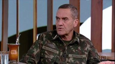 Eduardo Villas Bôas afirma que é importante a preservação cultural dos povos indígenas - General também fala sobre orçamento militar no período de crise