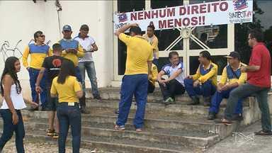 Funcionários dos correios estão em greve há dois dias em São Luís - Eles aderiram à paralisação nacional, que prejudica a entrega de correspondências, mas há agências com o atendimento normal.