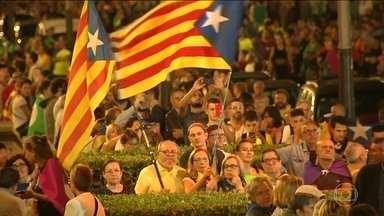 Multidão sai às ruas de Barcelona para último comício antes de plebiscito - A votação que decidirá sobre a independência ou não da Catalunha da Espanha está confirmada para domingo (1), apesar da proibição do Tribunal Constitucional da Espanha.