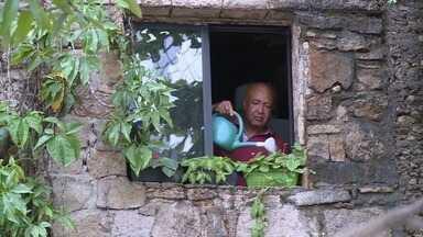 Em Movimento: Conheça o Sr. Aguinaldo, morador do Penedo - Você vai adorar conhecê-lo!