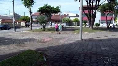 Calendário ESTV: prefeitura não cumpre promessa em Jardim Asteca, Vila Velha, ES - Praça continua com problemas no bairro.