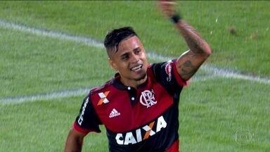 Everton e Juan serão poupados em jogo contra a Ponte Preta pelo Brasileirão - Flamengo enfrenta a Ponte Preta pela 26ª rodada do Brasileirão.