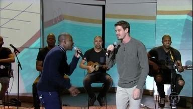 """Thiaguinho e Bruninho cantam """"Caraca Muleke"""" - Bial recebe os amigos para um bate papo"""
