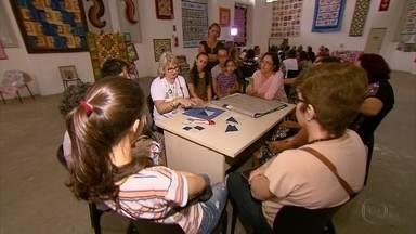 Curso de técnicas de costura é opção de capacitação para artesãs e costureiras no Recife - Evento acontece no Marco Pernambucano da Moda, no Centro do Recife.