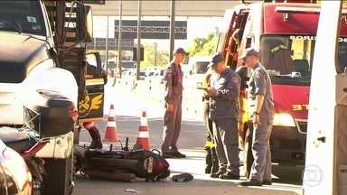 Aumenta número de acidentes fatais no trânsito; principais vítimas são jovens - A pesquisa é das seguradoras que pagam o Dpvat, o seguro de danos pessoais causados por veículos automotores de via terrestre.